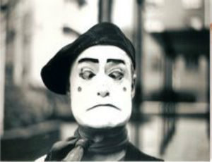 Street Theatre Ireland Mime Artist