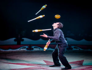 Street Theatre Ireland Juggler